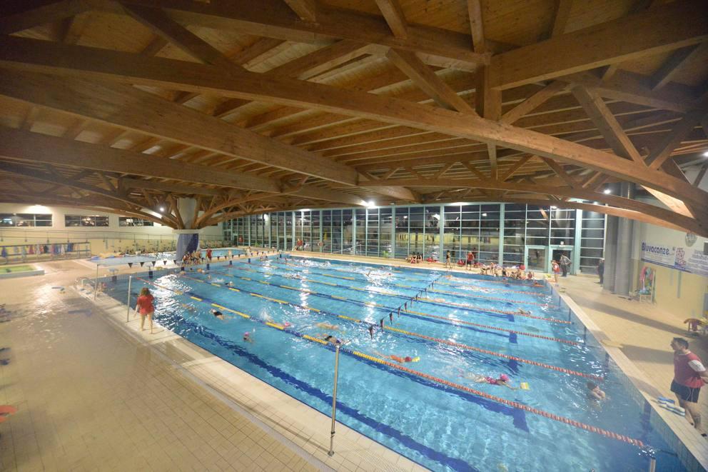 La piscina di stezzano - Alzano lombardo piscina ...