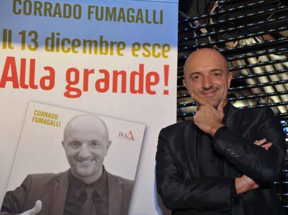 Corrado Fumagalli, 48 anni, volto noto delle tv private lombarde grazie ai programmi a luci rosse della seconda serata, è originario di Cassano d'Adda