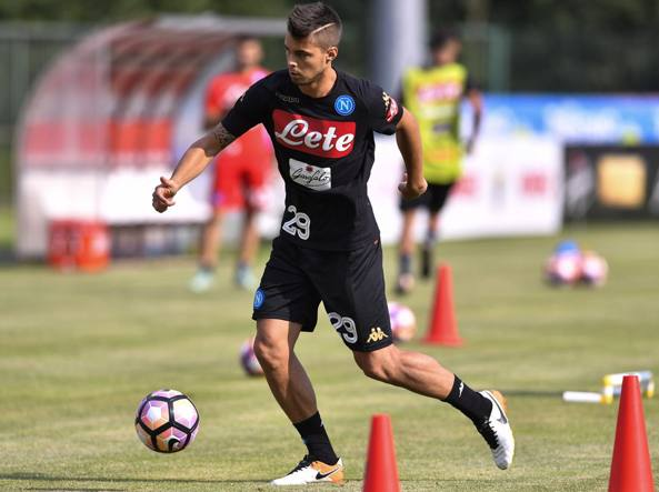 Alberto Grassi, 21 anni, non ha mai esordito con la maglia del Napoli