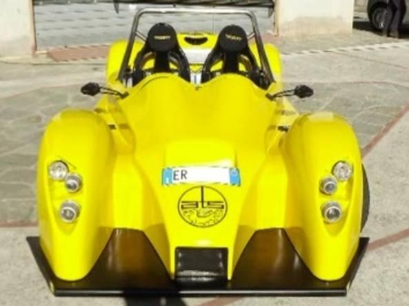 Uno dei mezzi immatricolati, un'auto da corsa Ats Sport 1000