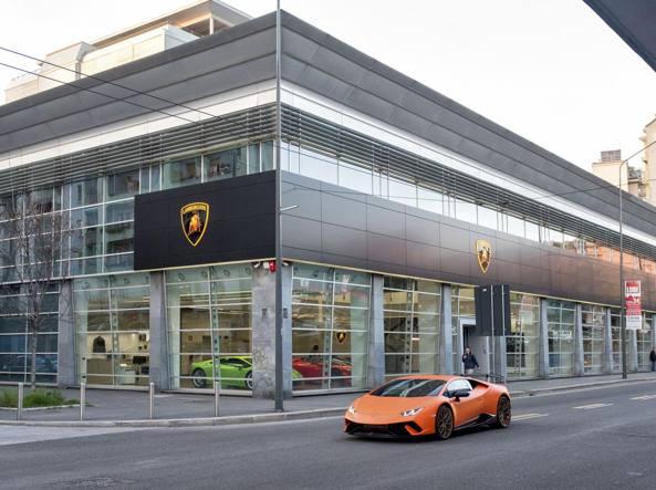 La nuova concessionaria a Milano