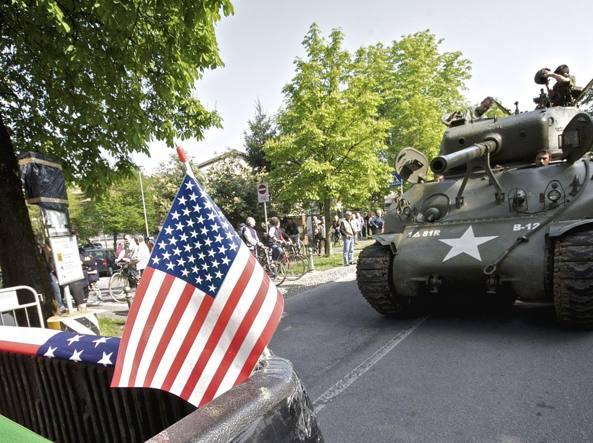 Un carro armato americano protagonista delle celebrazioni del 25 aprile organizzate dal Comune di Caravaggio a guida leghista, negli anni scorsi