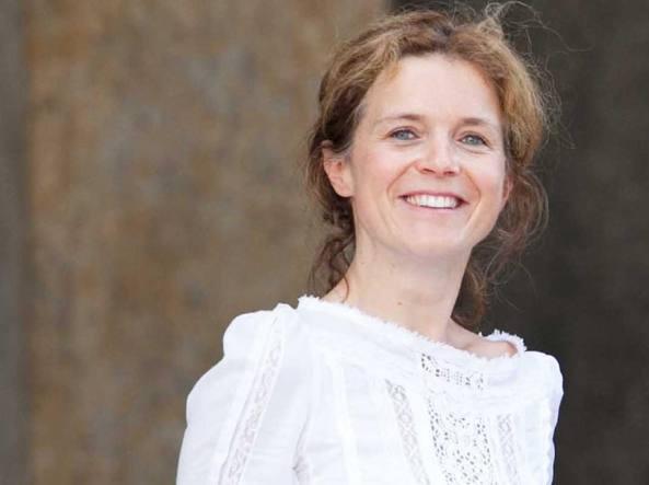 Claudia Ferrazzi, 40 anni, è cresciuta a Bergamo e ha due bambine