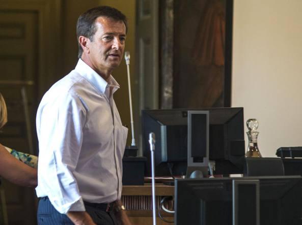 Giorgio Gori, lunedì, durante la seduta del Consiglio comunale (LaPresse/Sergio Agazzi)