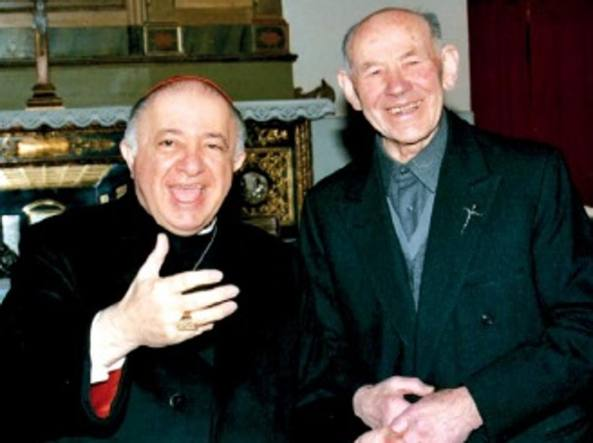 Don Arrigoni con il cardinale Dionigi Tettamanzi