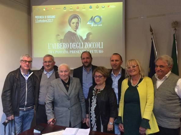 Alcuni degli attori del film in Provincia con il presidente Matteo Rossi